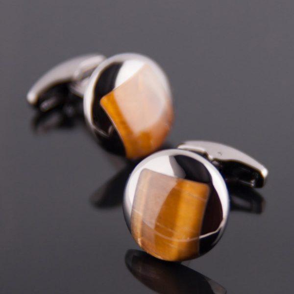 Butoni Eleganți cu piatră maro