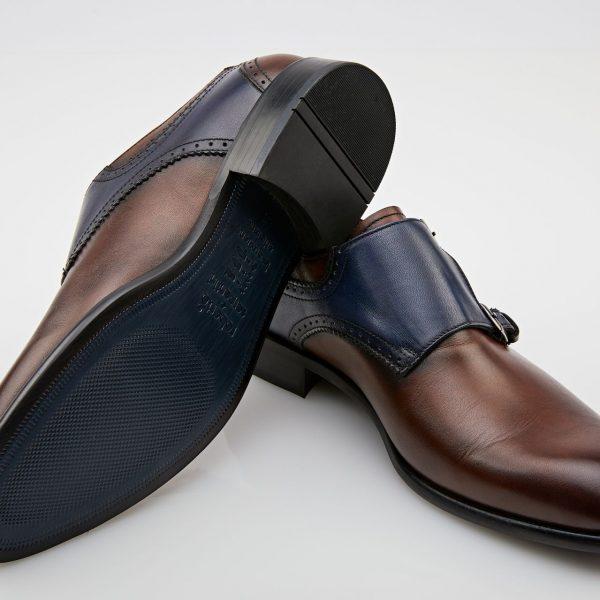 Pantofi maro cu bleumarin