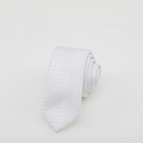 Cravată albă cu motive geometrice
