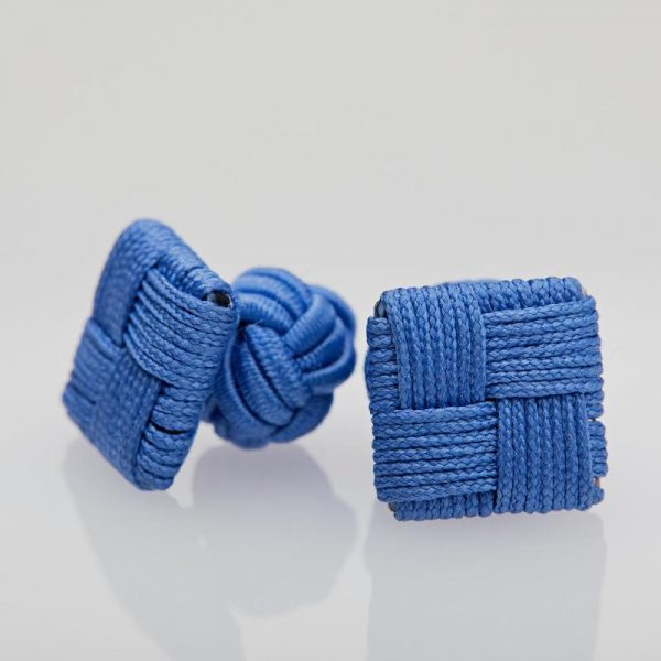 Butoni culoare bleu