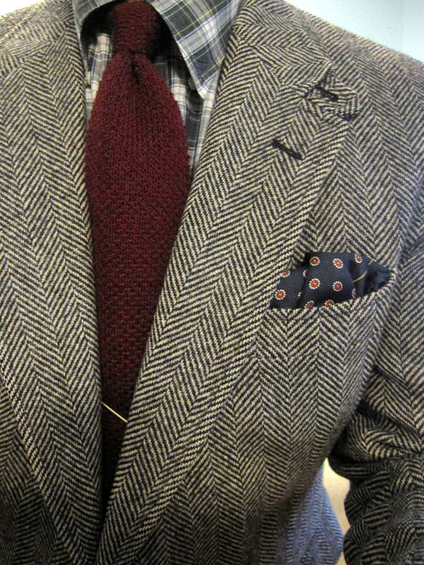 pattern-color-texture-matching-by-an-affordable-wardrobe